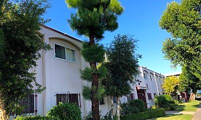 Casa Decanoga, 2