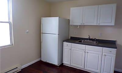 Kitchen, 255 Walnut St 3, 0