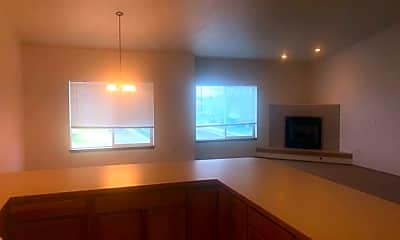 Kitchen, 823 S Russell St, 1