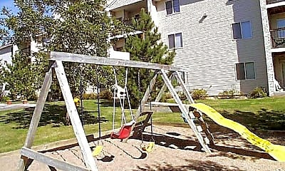 Playground, Linnet Circle Apartments, 2
