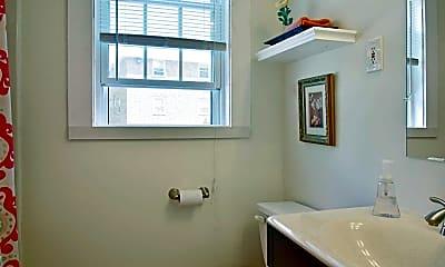 Bathroom, Pine Hill Gardens, 2