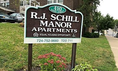 Rj Schill Manor, 1