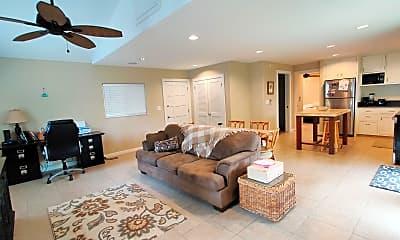 Living Room, 958 Holoholo St, 0