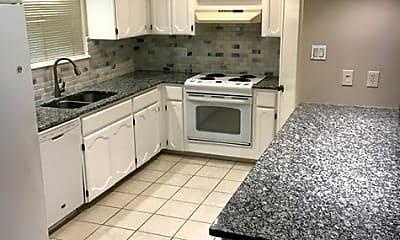 Kitchen, 3103 Morning Trail, 1