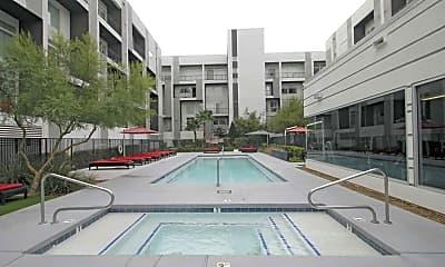 Pool, Loft 5, 0