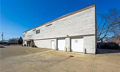Building, 5319 Broadview Rd, 2