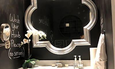 Bathroom, 220 Renaissance Pkwy NE, 0