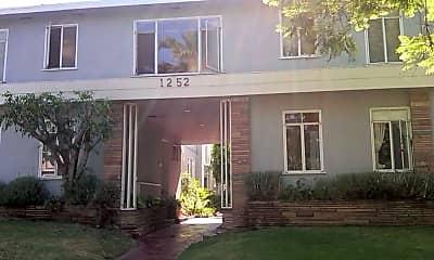 Building, 1252 Havenhurst Dr, 0