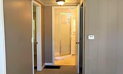 Bedroom, 425 W Chandler St, 2