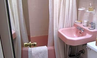 Bathroom, 126 E 30th St, 2
