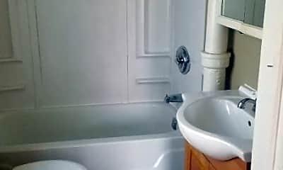 Bathroom, 529 E Dover St, 2
