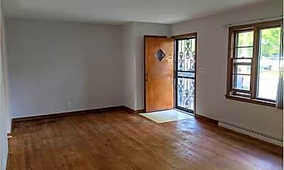 Living Room, 3528 Elva Ln, 1