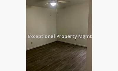 Living Room, 618 SE 8th Terrace, 2
