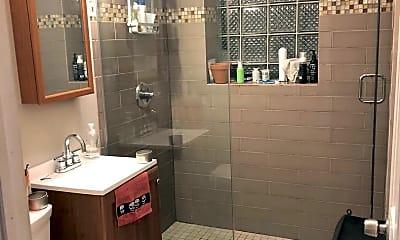 Bathroom, 946 N California Ave, 2