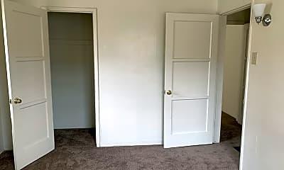 Bedroom, 8259 1/2 Crenshaw Dr, 2