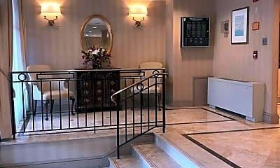 Living Room, 4390 Lorcom Ln 407, 1