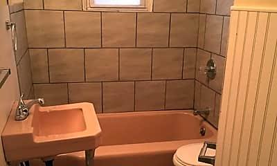 Bathroom, 411 Hill St, 2