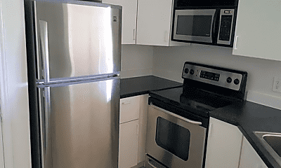 Kitchen, 2321 NW 33rd St, 0