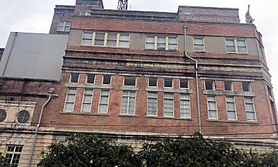 Falstaff Apartments, 0