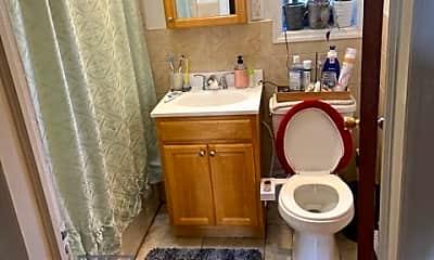 Bathroom, 20-01 36th St, 2