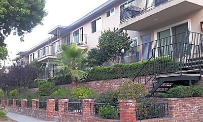 Tally Ho Apartments, 2