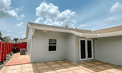 Building, 4461 SW 138th Ct, 2