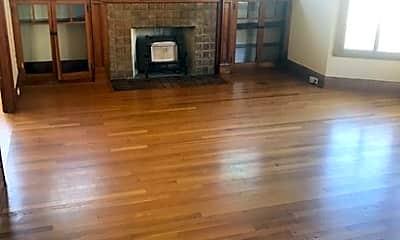 Living Room, 514 Athol Ave, 1