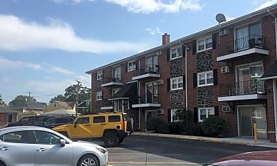 West Claire Apartments, 2