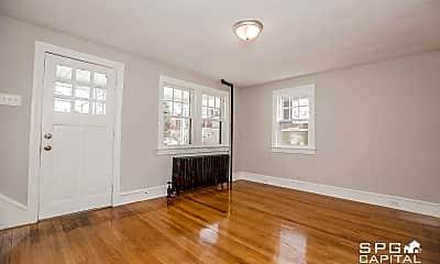 Living Room, 732 S Newberry St, 1