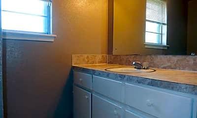 Bathroom, 1152 S Quaker Ave A, 2