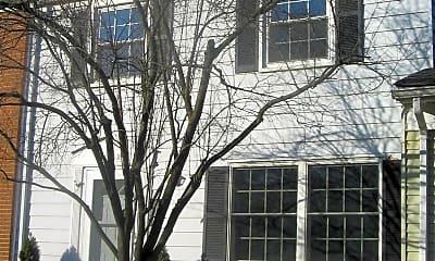 Building, 1702 Golden Ct, 0