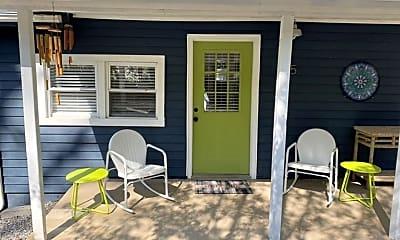 Patio / Deck, 15 Stoner Rd, 1