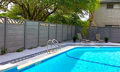 Pool, 6220 N 11th St, 1