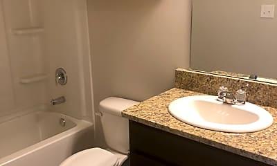 Bathroom, 75096 Crestview Hills Loop, 2