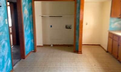 Bedroom, 147 E Herndon St, 2