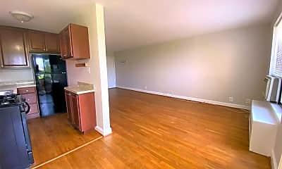 Living Room, 1581 N Colonial Terrace 301-X, 1