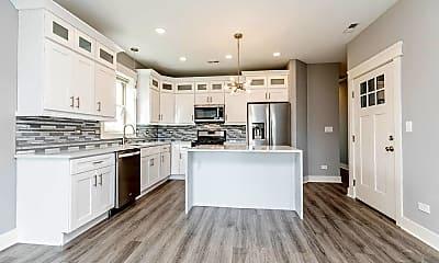 Kitchen, 6632 S Kenwood Ave 2, 1