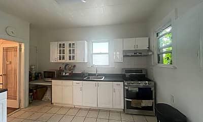 Kitchen, 987 E 43rd St, 1