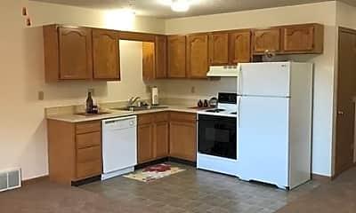 Kitchen, 5474 Shawnee Cir, 1