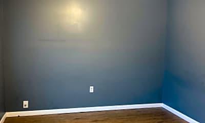 Bedroom, 105 S Apple St, 2