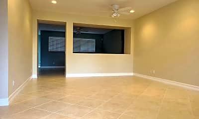 Living Room, 1410 SW Sudder Ave, 1