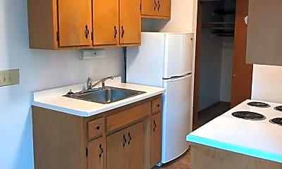 Kitchen, 1650 Clark St, 2