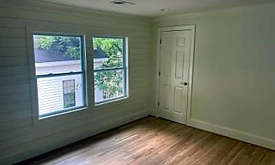 Living Room, 1925 Baxter St, 1
