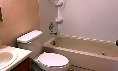 Bathroom, 1112 27th Ave 4, 2