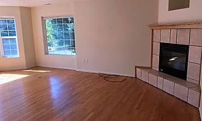 Living Room, 106 Cedar Ridge Terrace, 2