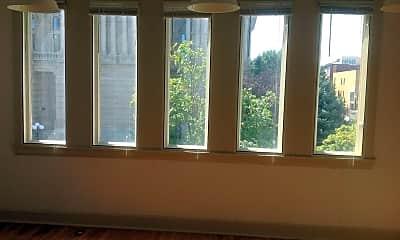 Living Room, 308 Main St, 1