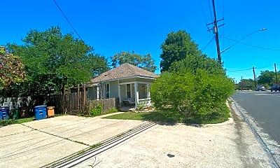 Building, 5504 Woodrow Ave, 2