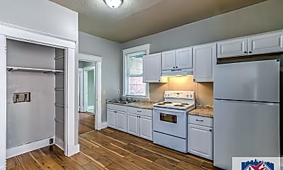 Kitchen, 109 4th St, 1