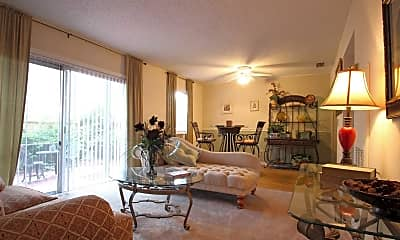 Living Room, Lakeview Pointe, 0