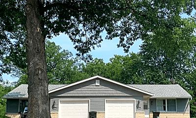 Building, 22374 22376 Oak Ln, 0